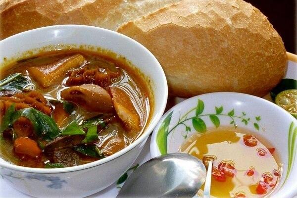 Tổng hợp những món ăn vặt gây thương nhớ ở Sài Thành (phá lấu)