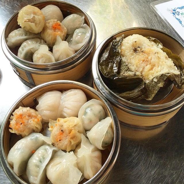 Ăn sập sàn với những món ăn vặt ở quận 5 (chợ Thủ Đô)