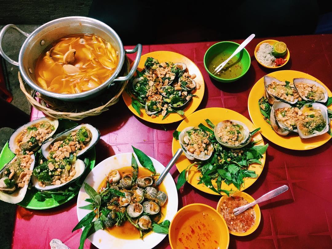 Chìm đắm trong những món ăn vặt siêu ngon ở quận 8 (làng ốc Dương Bá Trạc)