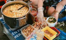 Phong phú đồ ăn ngay trong hẻm 76 Hai Bà Trưng quận 1