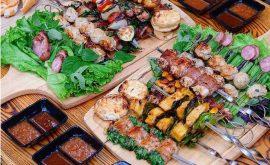 """""""Quét sạch"""" món ăn vặt chất lượng chậm chất sinh viên ở làng đại học"""