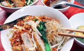 Tổng hợp 10 món ăn vặt ngon giá rẻ ngay Phố đi bộ Nguyễn Huệ