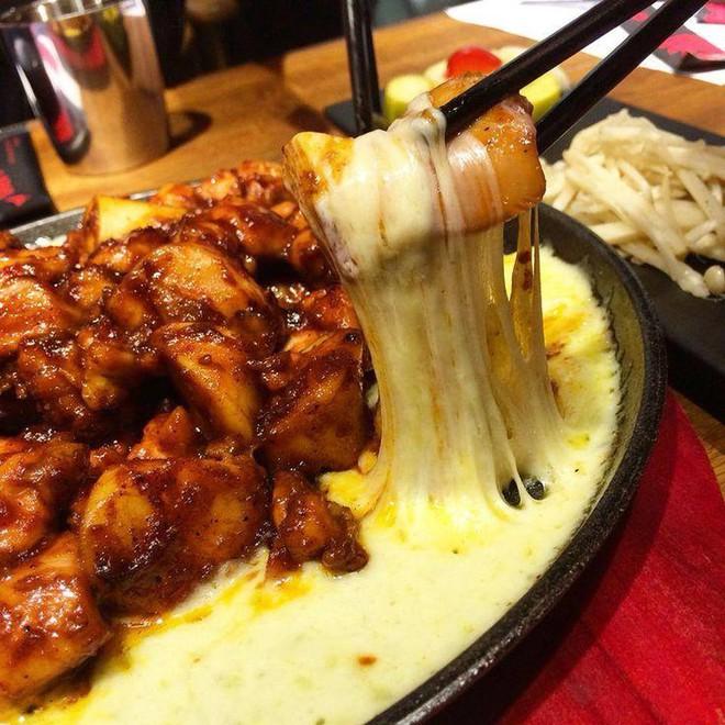 TOP 10 quán ăn vặt không thể bỏ qua ở quận 3 (Boom Dak)