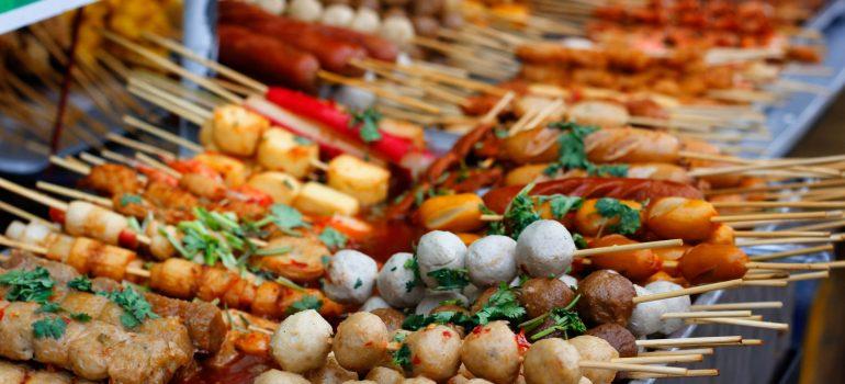 Top 10 quan ăn vặt ở Sài Gòn siêu ngon phải thử một lần