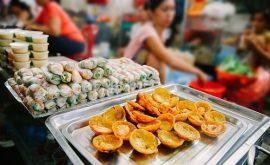 Truy lùng những quán ăn vặt rẻ ở ngay Sài Gòn