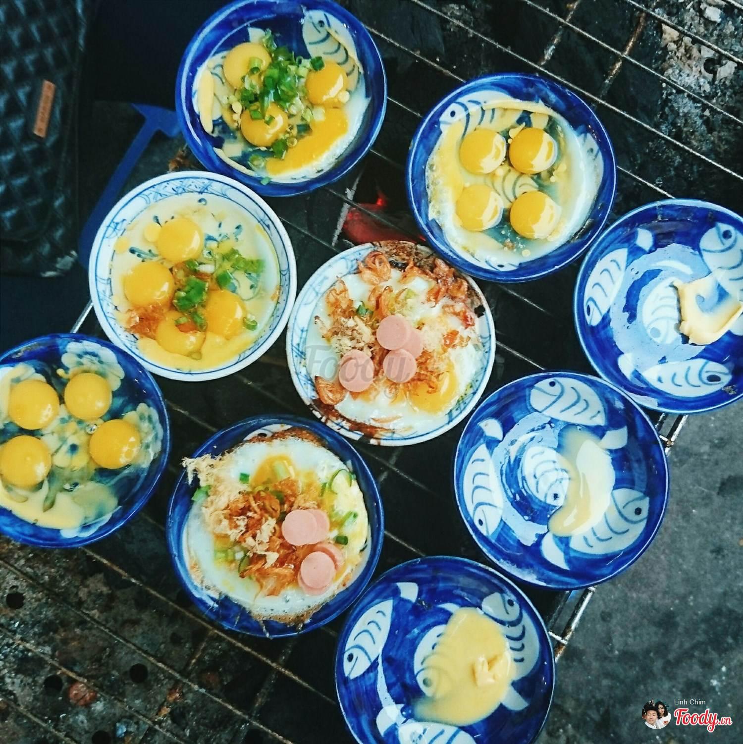 Khám phá ngay 10 địa điểm ăn vặt nức tiếng ngay phố cổ Hà Nội (trúng chén nướng)
