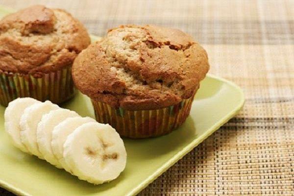 Thiên biến vạn hóa 10 món ăn vặt siêu ngon từ ... chuối (bánh muffin chuối)